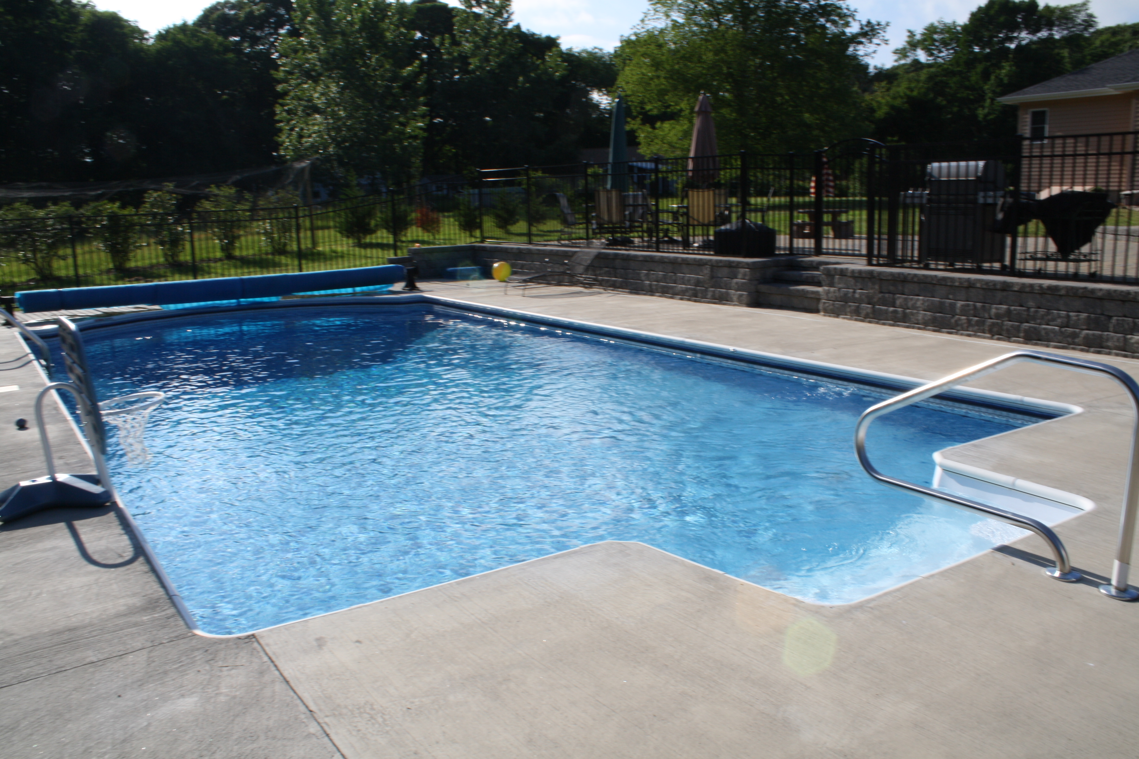 Spas pools unlimited inc pools for Images of inground swimming pools